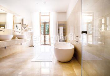 Crema Marfil bath design