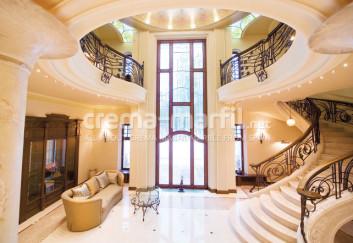 Crema Marfil interior decoration